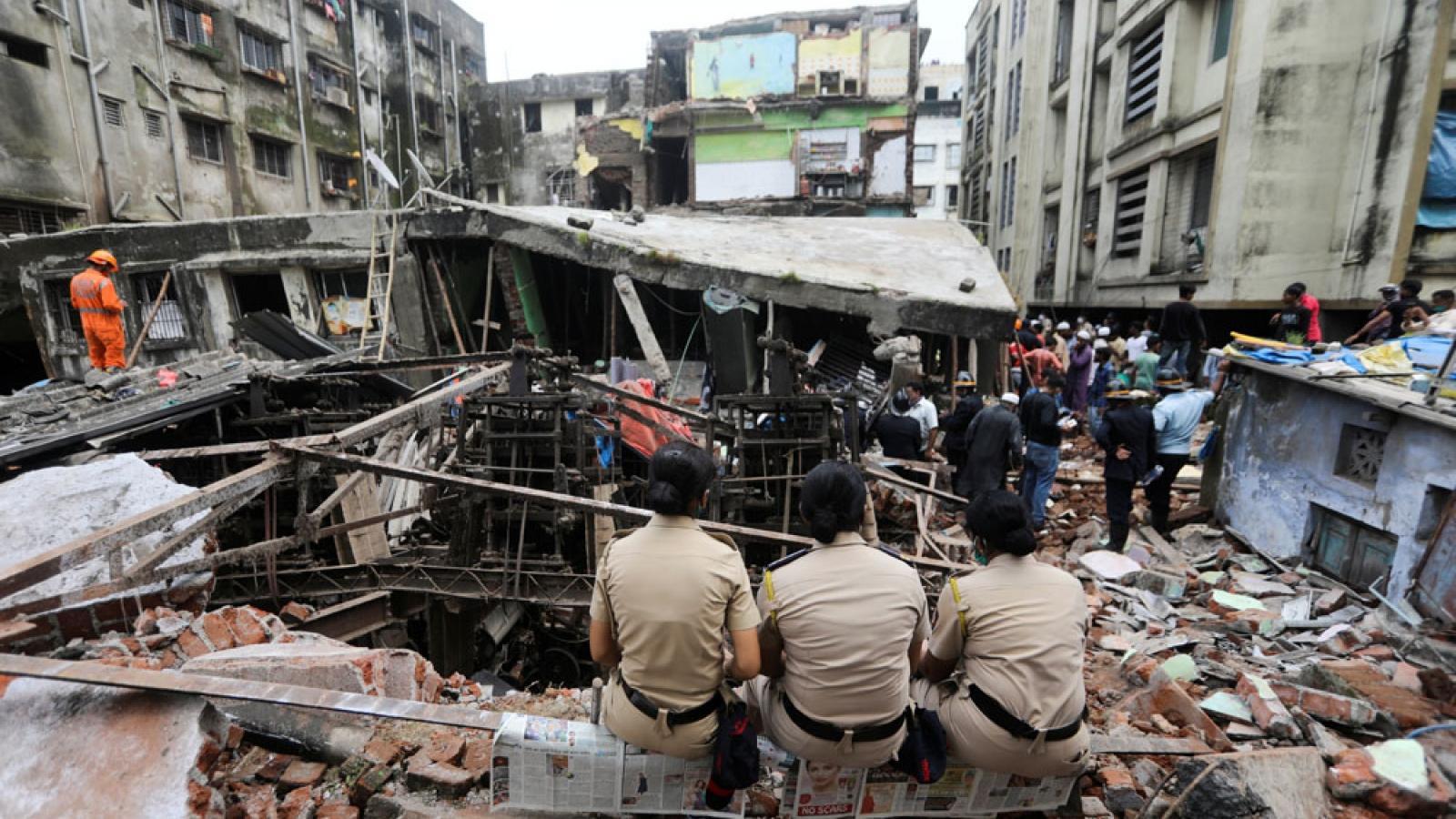 Vụ sập nhà chung cư Ấn Độ: Số người thiệt mạng tăng lên 35
