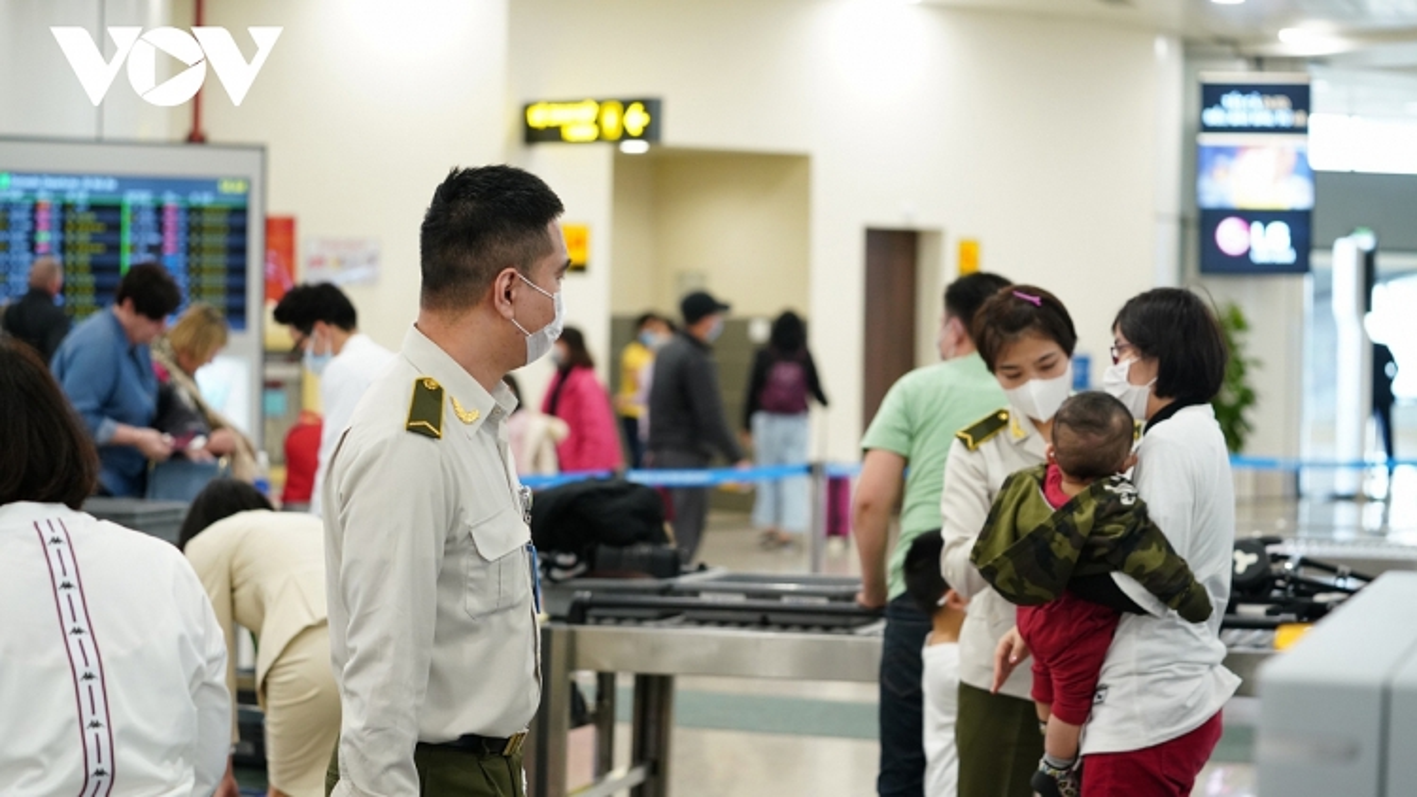 Mở lại đường bay thương mại và những quy định bắt buộc khi nhập cảnh Việt Nam