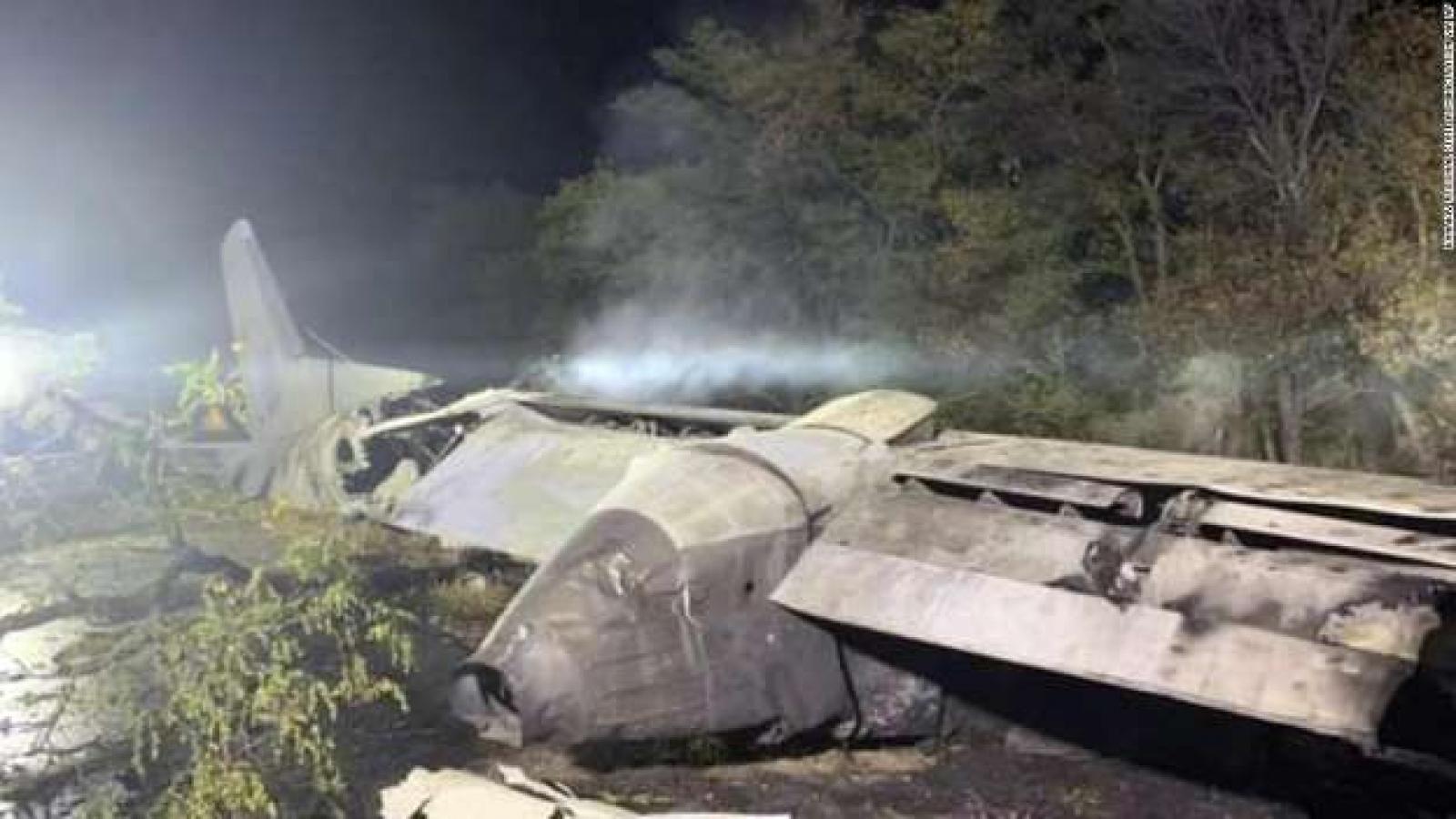 Cập nhật vụ tai nạn máy bay ở Ukraine: Số người chết đã tăng lên 25
