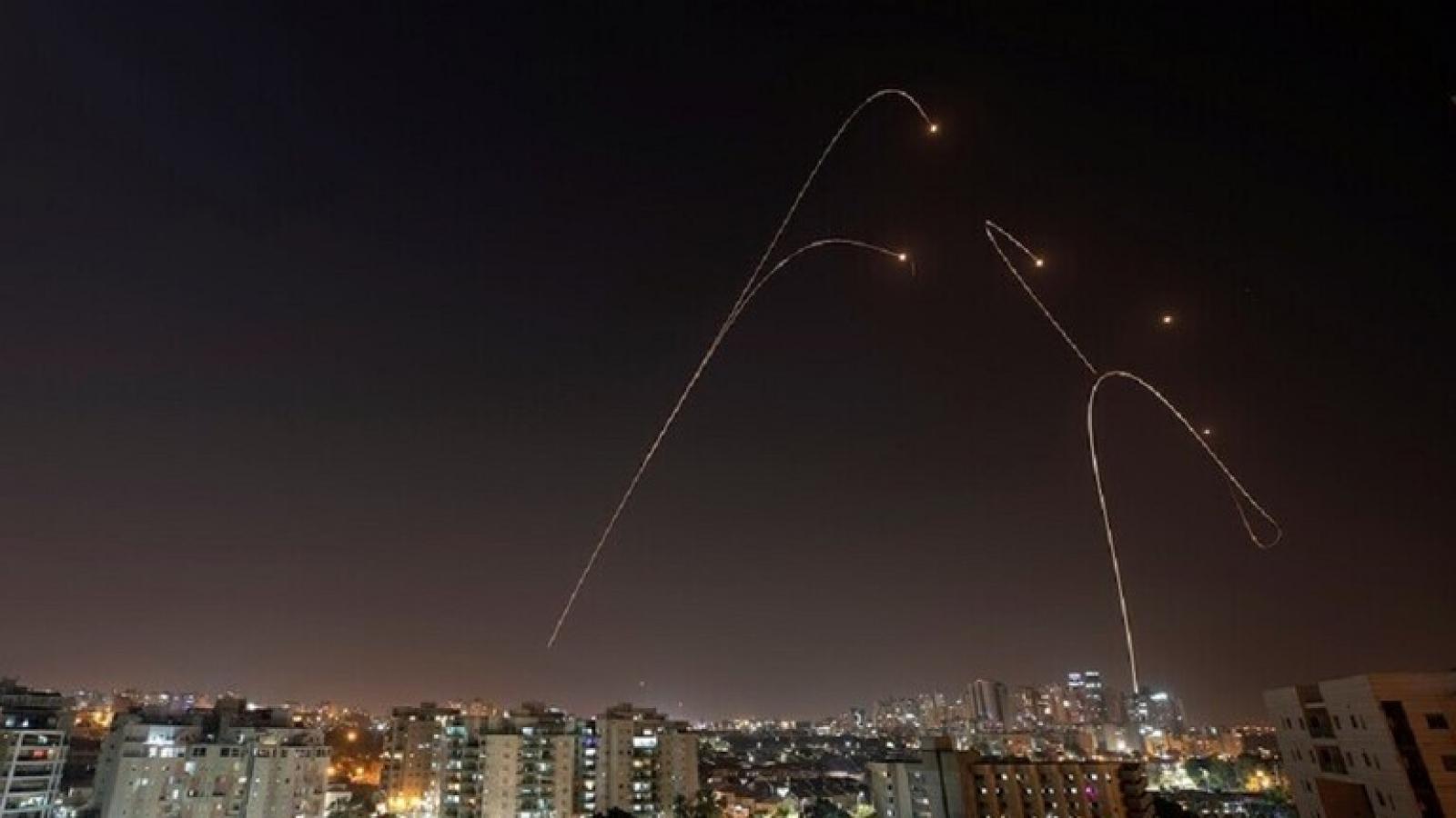 8 người thương vong do tên lửa phóng từ Gaza