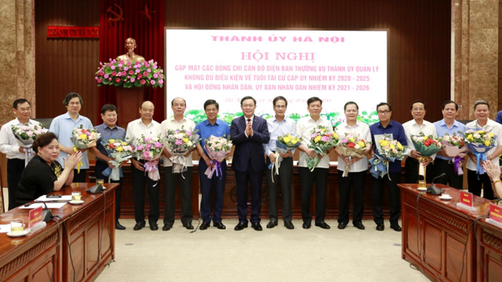 Hà Nội: Nhiều cán bộ thuộc diện Ban Thường vụ Thành ủy quản lý tự nguyện xin nghỉ sớm