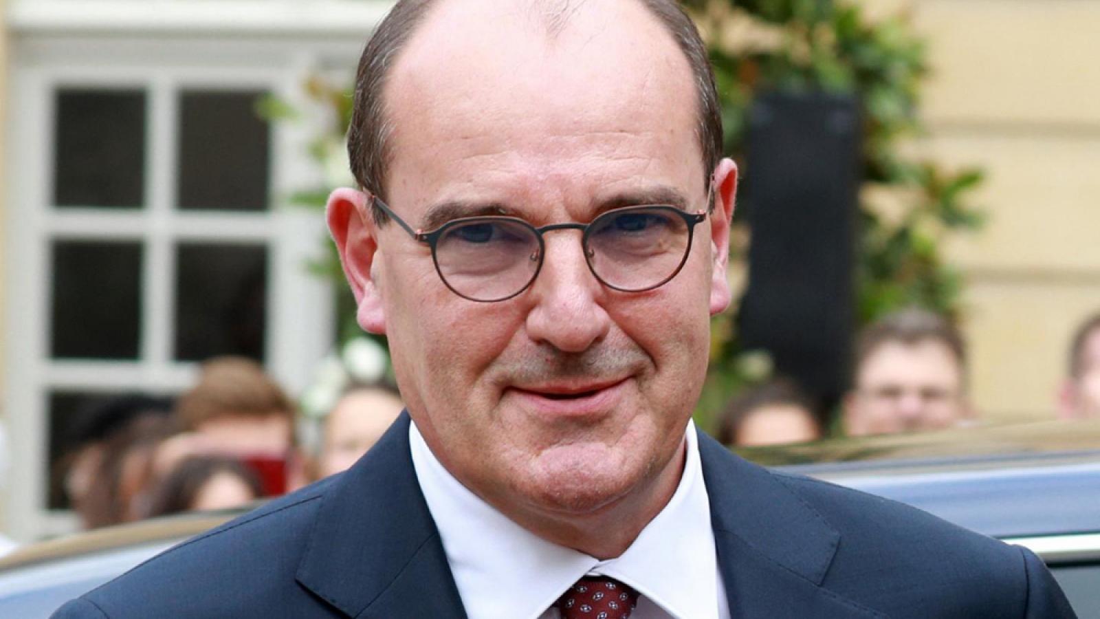 Thủ tướng Pháp phải xét nghiệm Covid-19 sau khi tiếp xúc với Giám đốc Tour De France