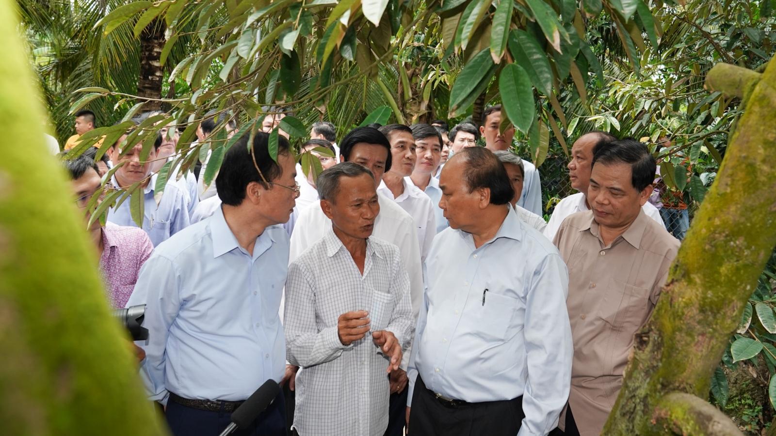 Thủ tướng kiểm tra việc chống hạn, mặn tại Tiền Giang