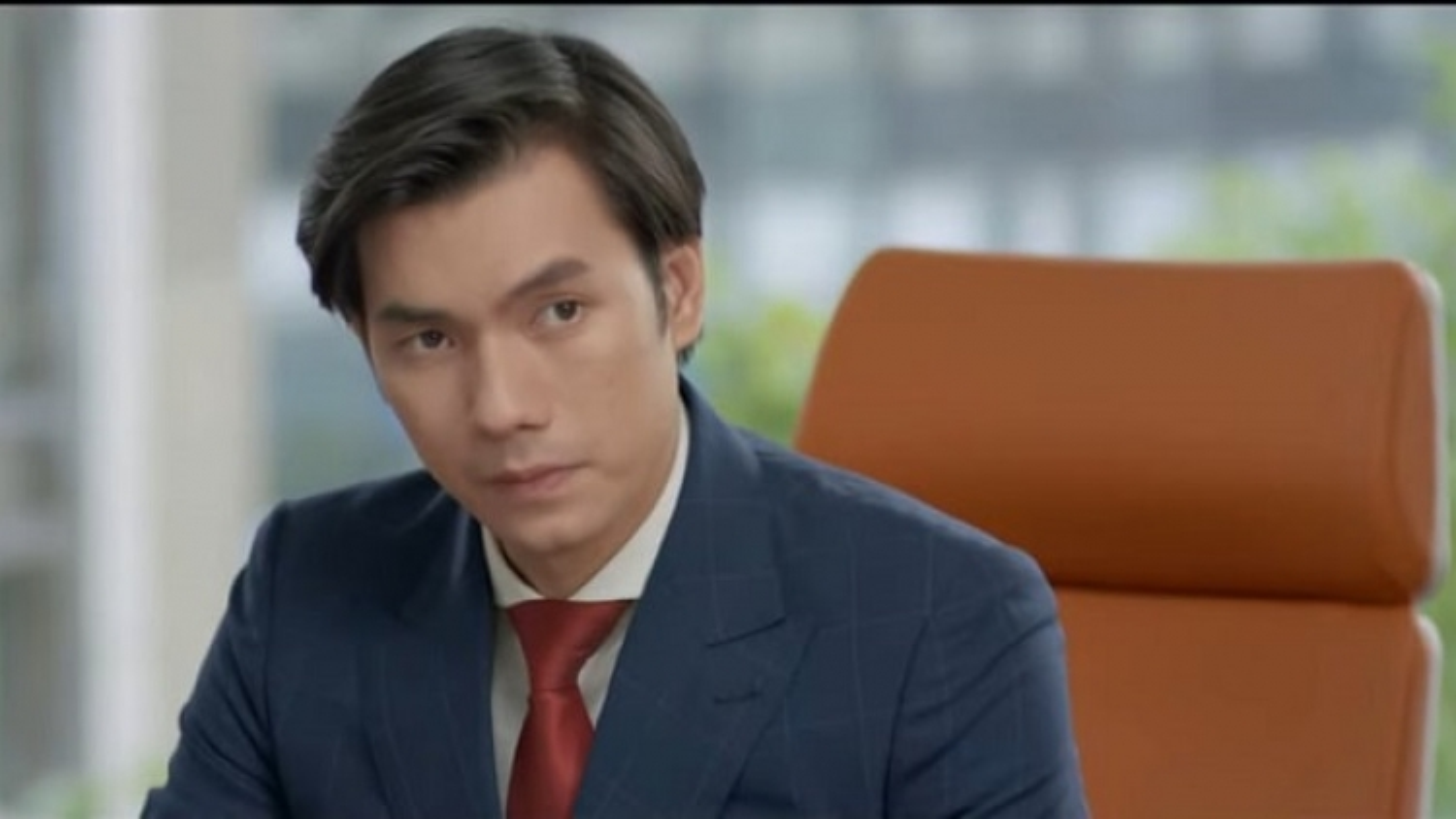 """""""Tình yêu và tham vọng"""" tập 59: Minh bất ngờ mất chức vụ TGĐ vào tay bố Tuệ Lâm"""