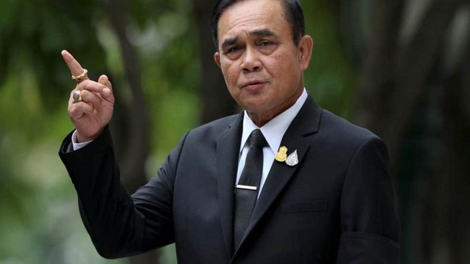 Thái Lan phát tiền mặt cho 10 triệu người