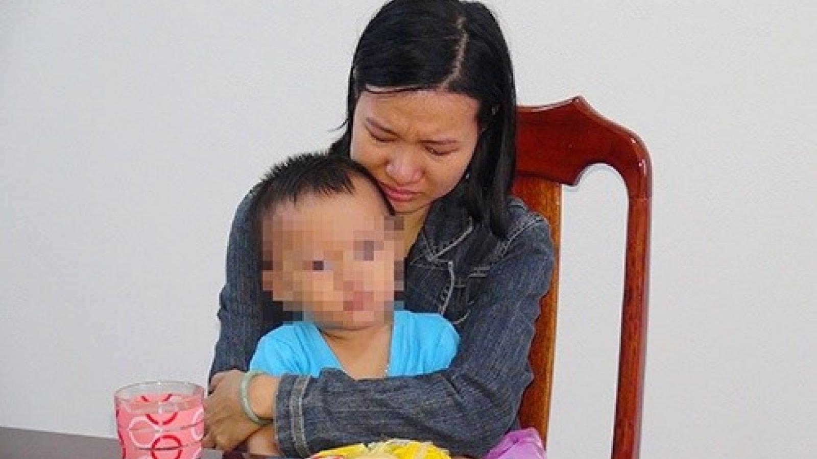 Lừa hơn 70 tỷ tiêu xài, người phụ nữ ở Quảng Nam đến công an đầu thú