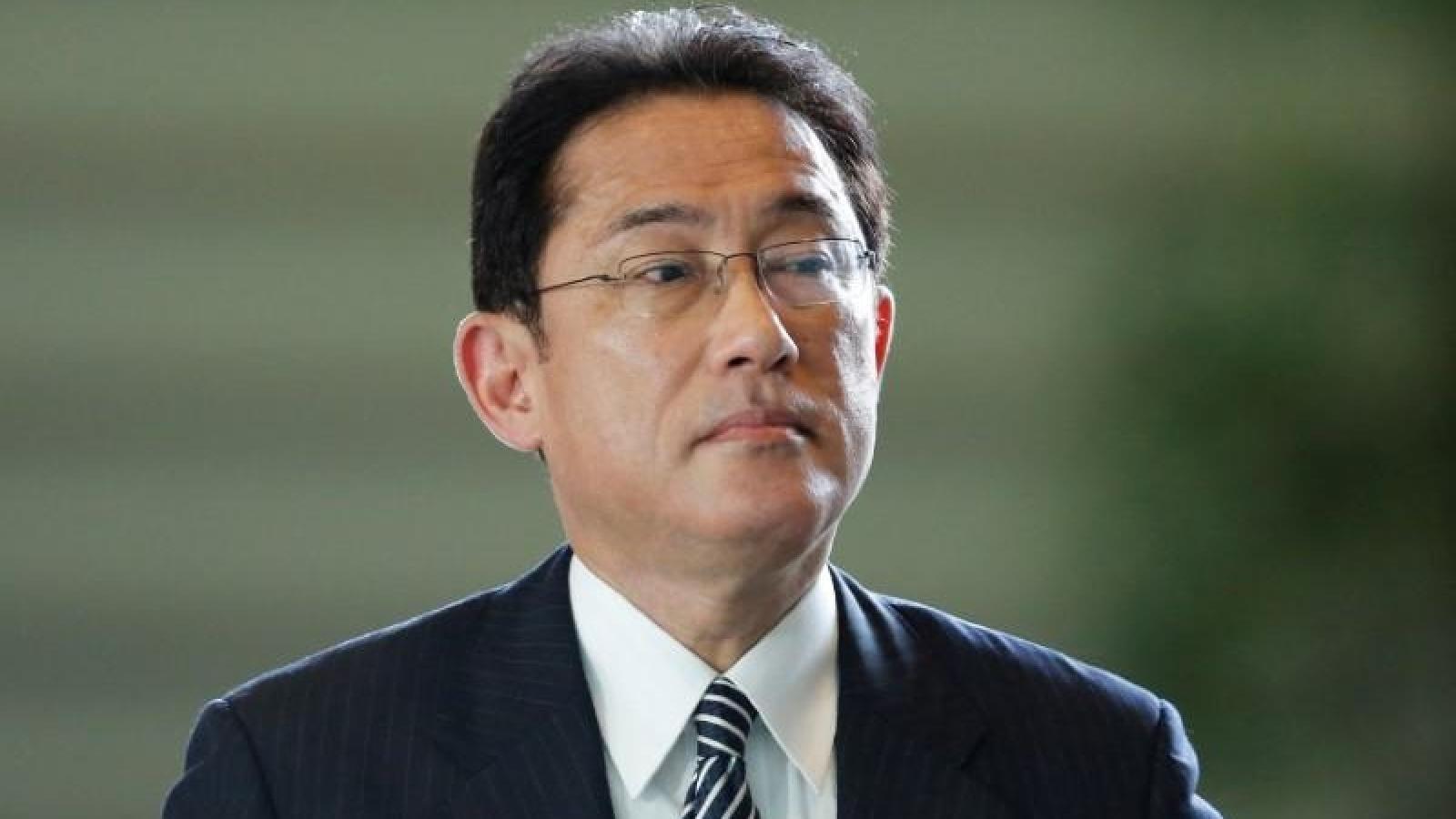 Bài toán đối nội và đối ngoại hóc búa dành cho tân Thủ tướng Nhật Bản