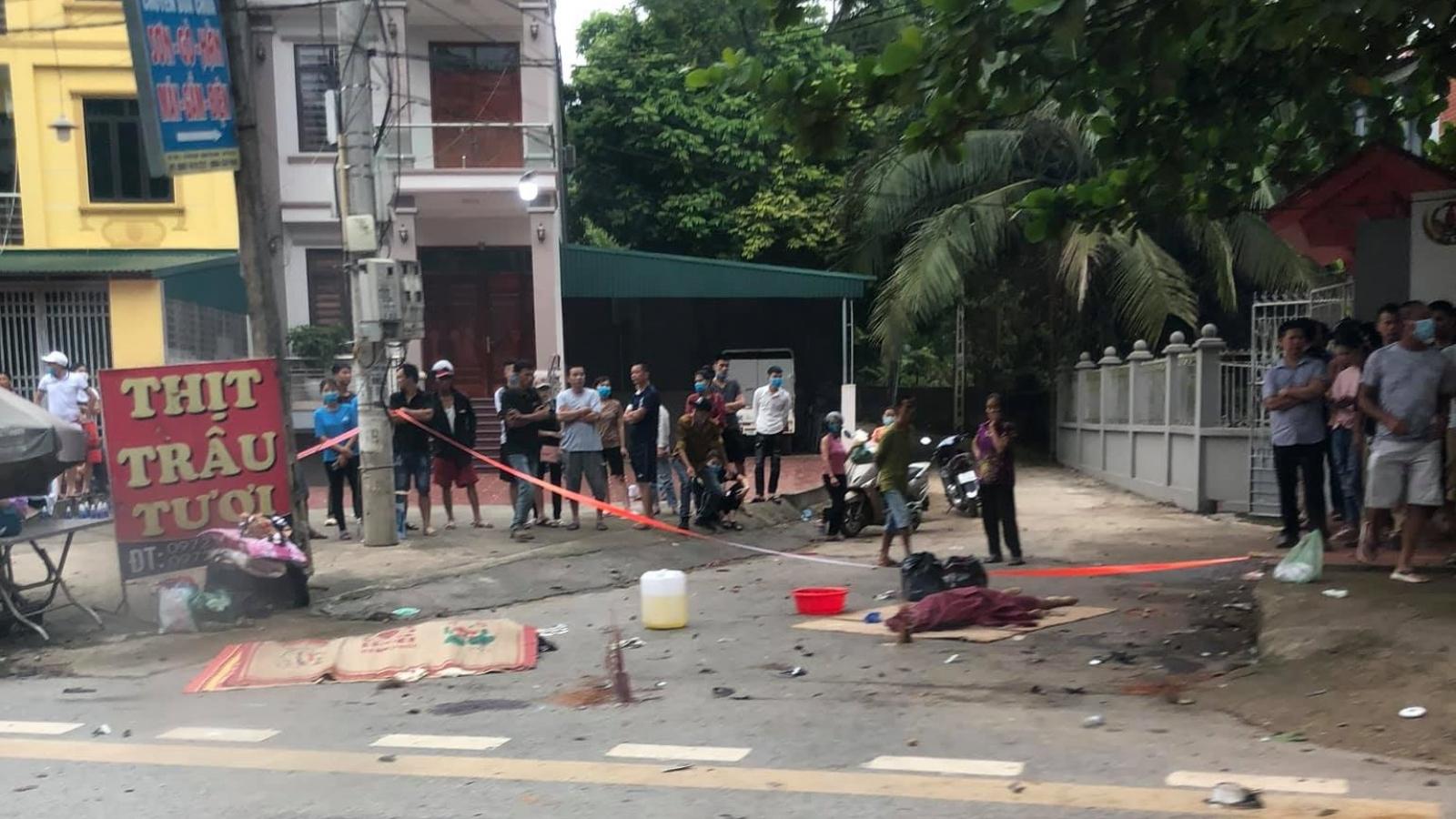 Ô tô va chạm xe máy khiến 3 người phụ nữ tử vong ở Phú Thọ