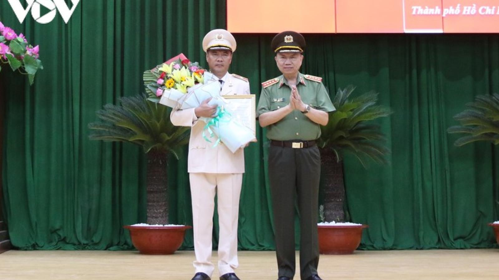 Phó Giám đốc Công an TPHCM thăng cấp bậc hàm Thiếu tướng