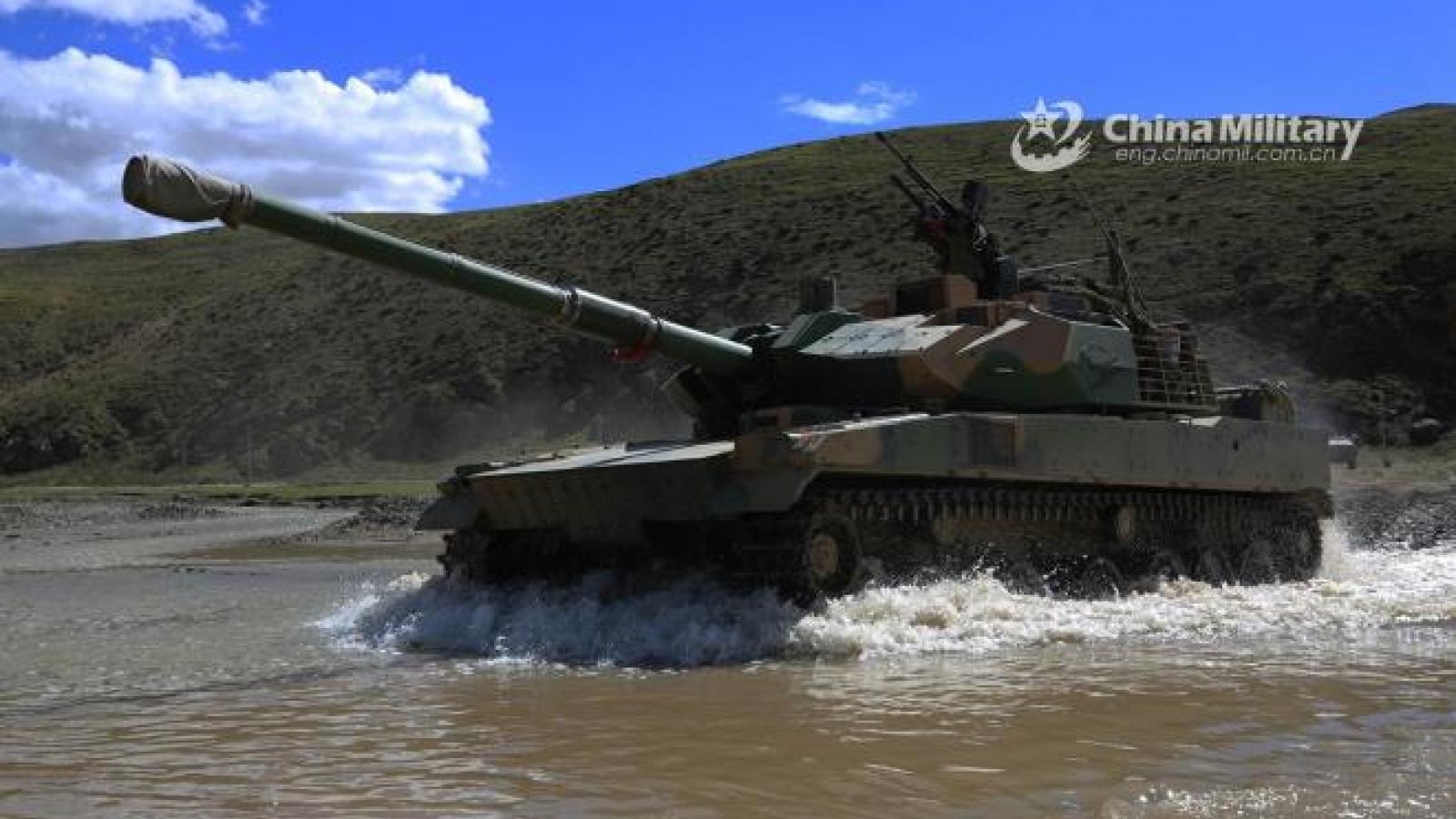 Trung Quốc tăng quân tới biên giới với Ấn Độ