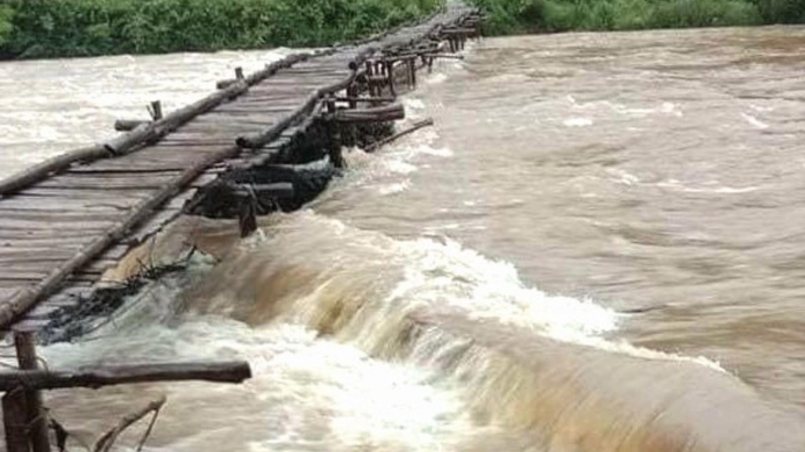 Huyện Lục Yên, Yên Bái khắc phục giao thông sau mưa lũ