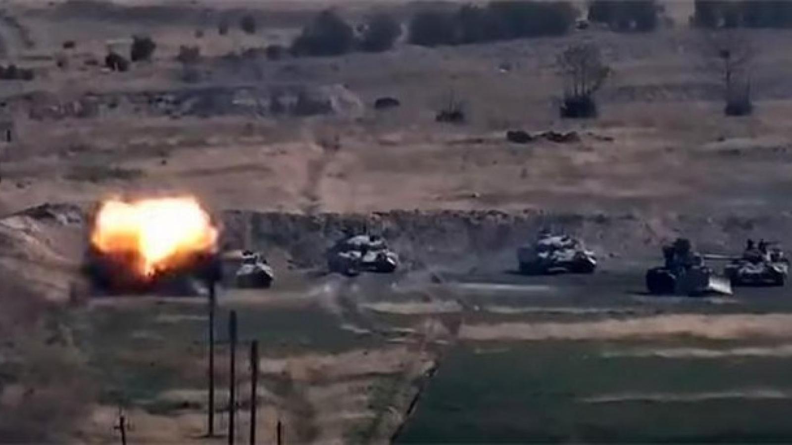 """Vì sao Mỹ """"im lặng"""" khi chiến sự Nagorno-Karabakh đỏ lửa?"""