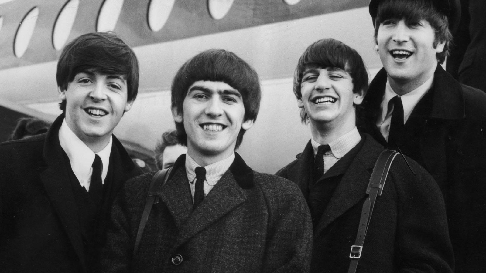"Paul McCartney sẽ đến Việt Nam tham gia liveshow ""The Beatles Symphony""?"
