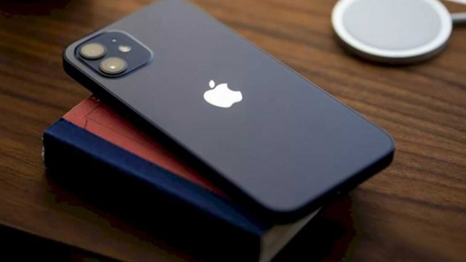Gác iPhone 12 một bên, sắp có iPhone đầu tiên trang bị bộ nhớ trong 1 TB