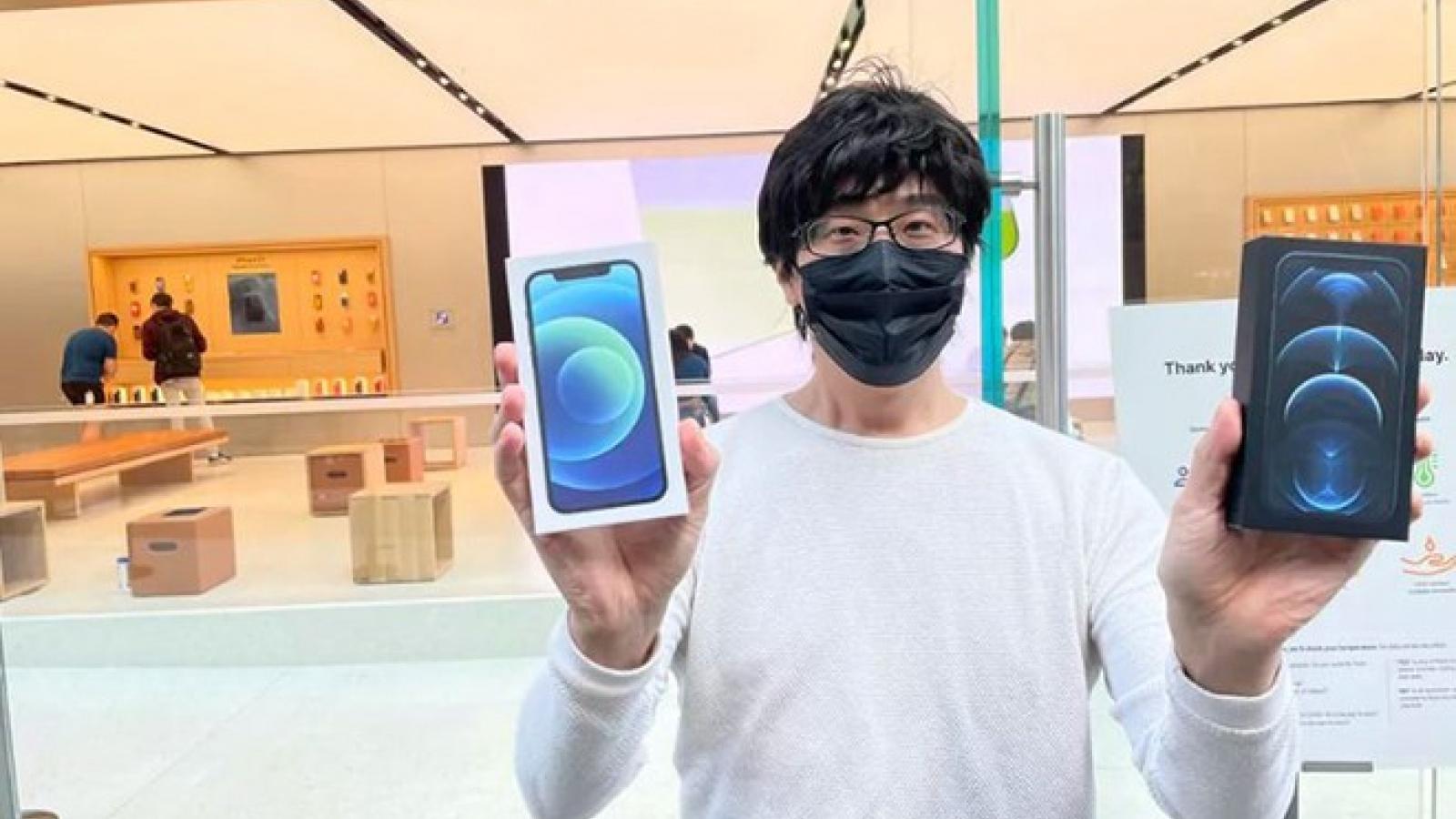 Người dùng xếp hàng mua iPhone 12 và 12 Pro bất chấp Covid-19