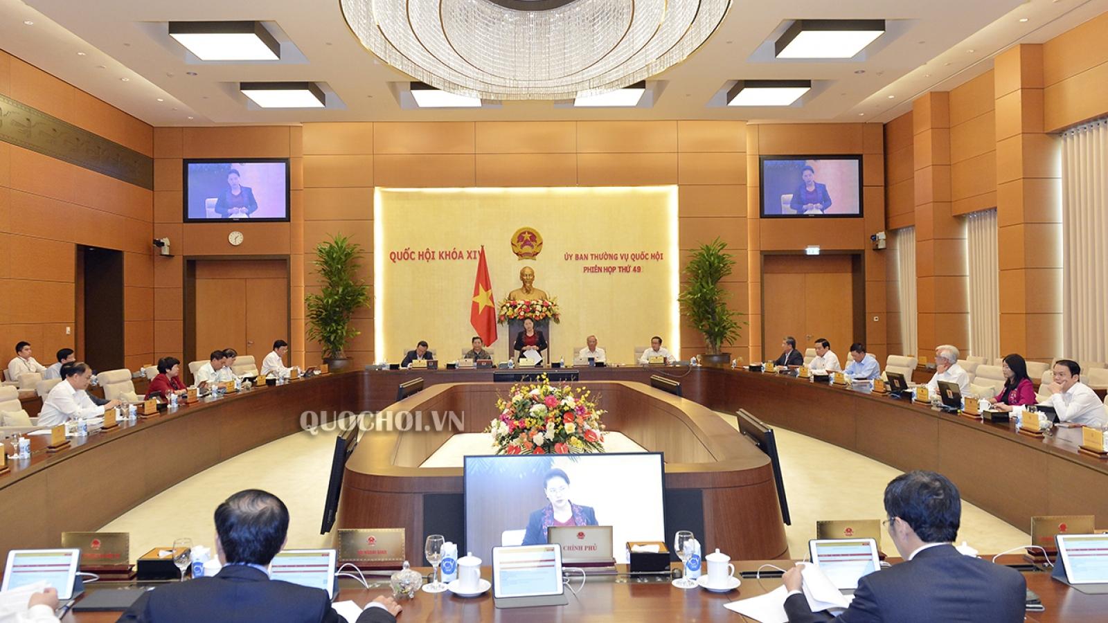 Khai mạc phiên họp thứ 49 của Ủy ban Thường vụ Quốc hội