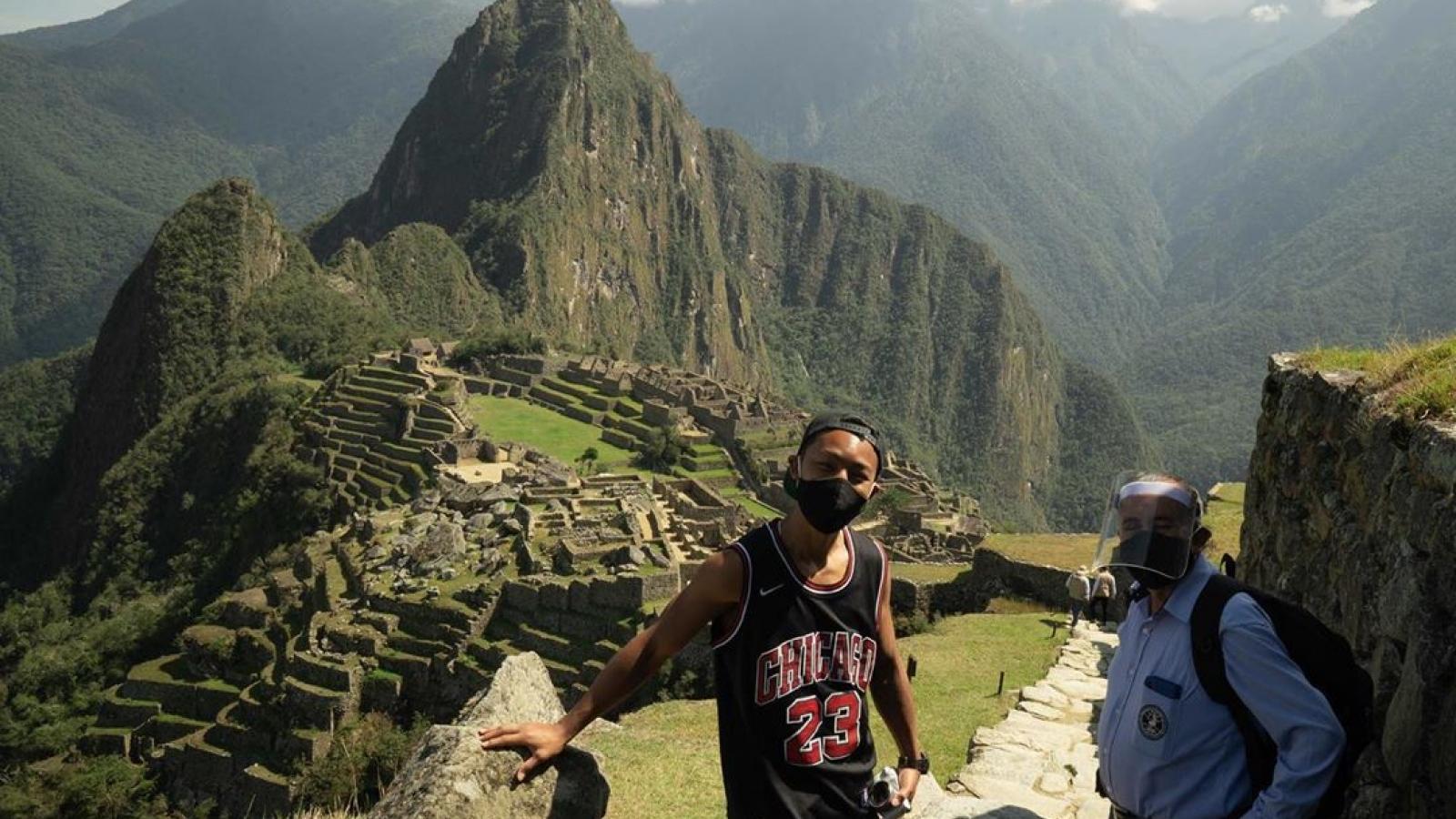 Di tích Machu Picchu mở cửa chỉ để đón đúng một vị khách