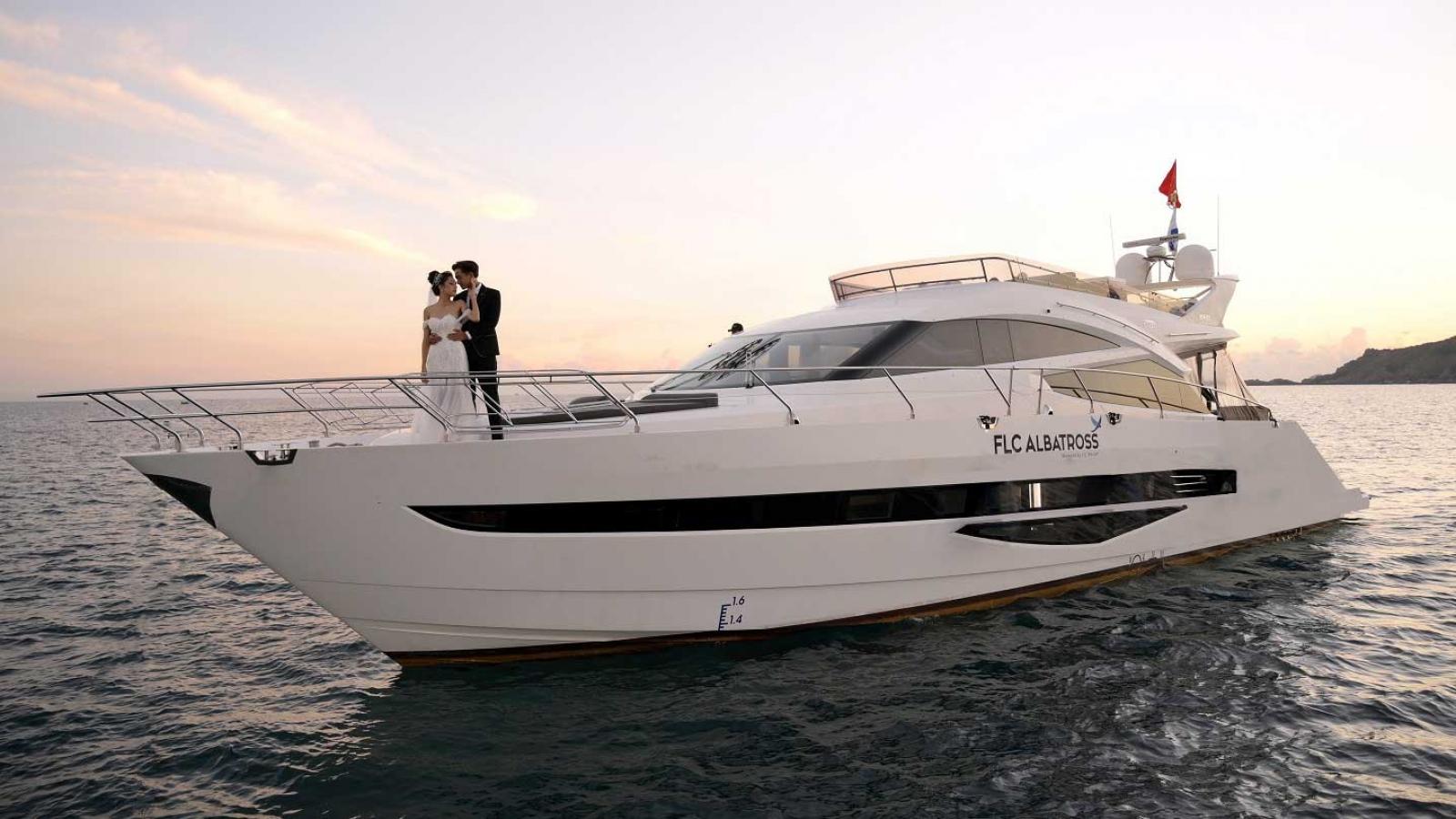 Du thuyền siêu sang FLC Albatross vừa cập bến Quy Nhơn