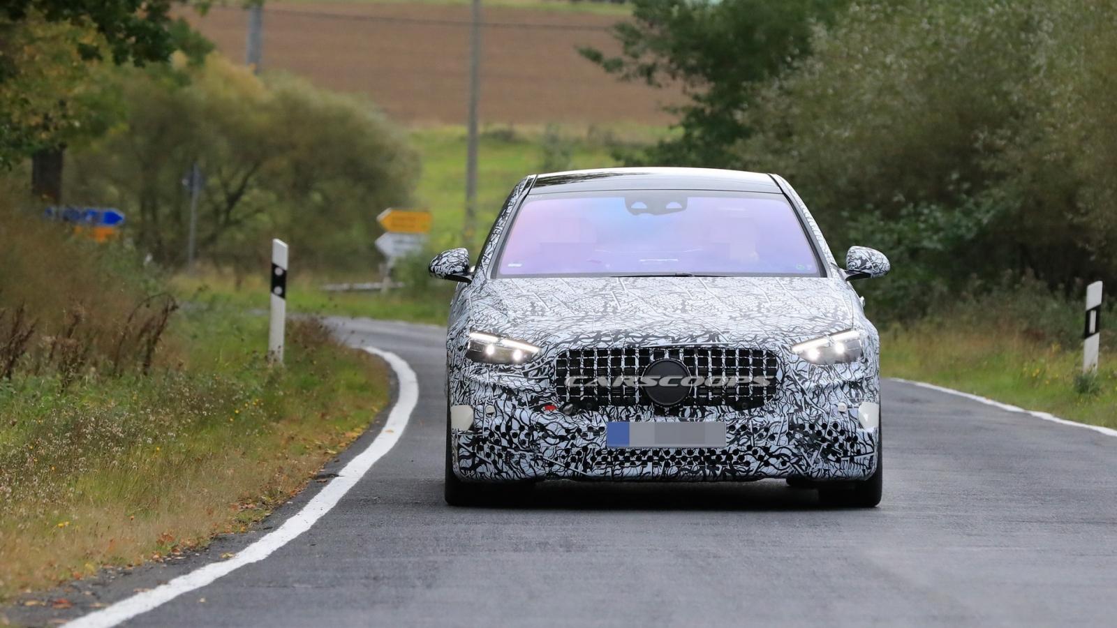 Hình ảnh Mercedes-AMG S63 chạy thử nghiệm trước thềm ra mắt