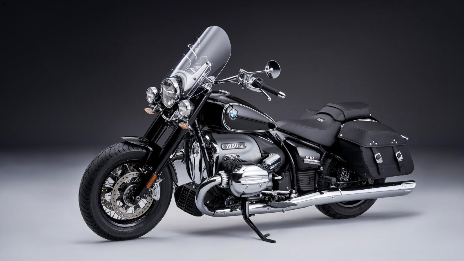 BMW giới thiệu chiếc R18 Classic mới và dòng R nineT được cập nhật