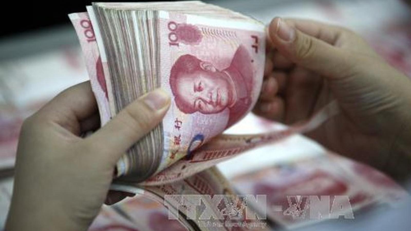 """Trung Quốc """"bơm"""" 140 tỷ nhân dân tệ vào thị trường"""