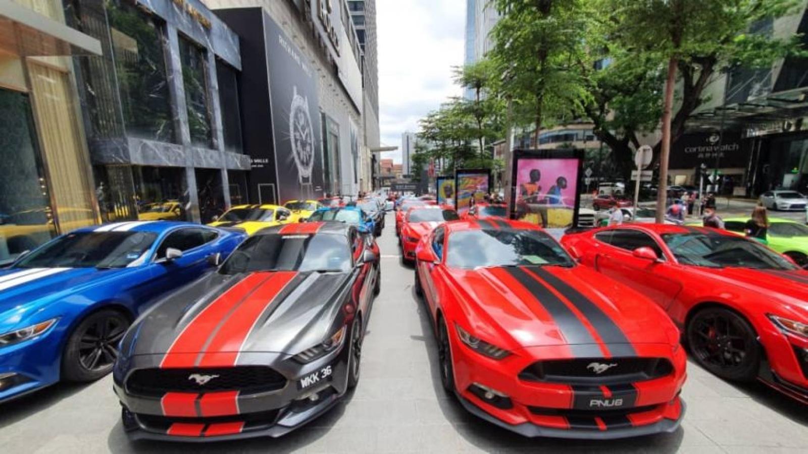 137 chiếc Ford Mustang lập kỷ lục tại Malaysia