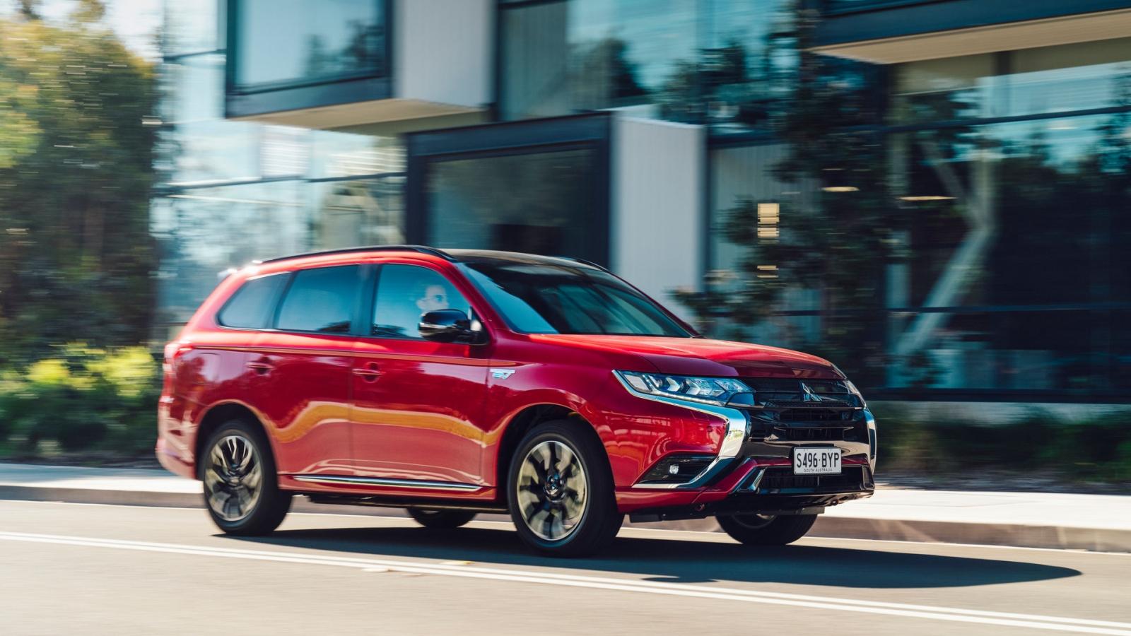 Mitsubishi ra mắt phiên nâng cấp cho Outlander PHEV 2021 tại Úc