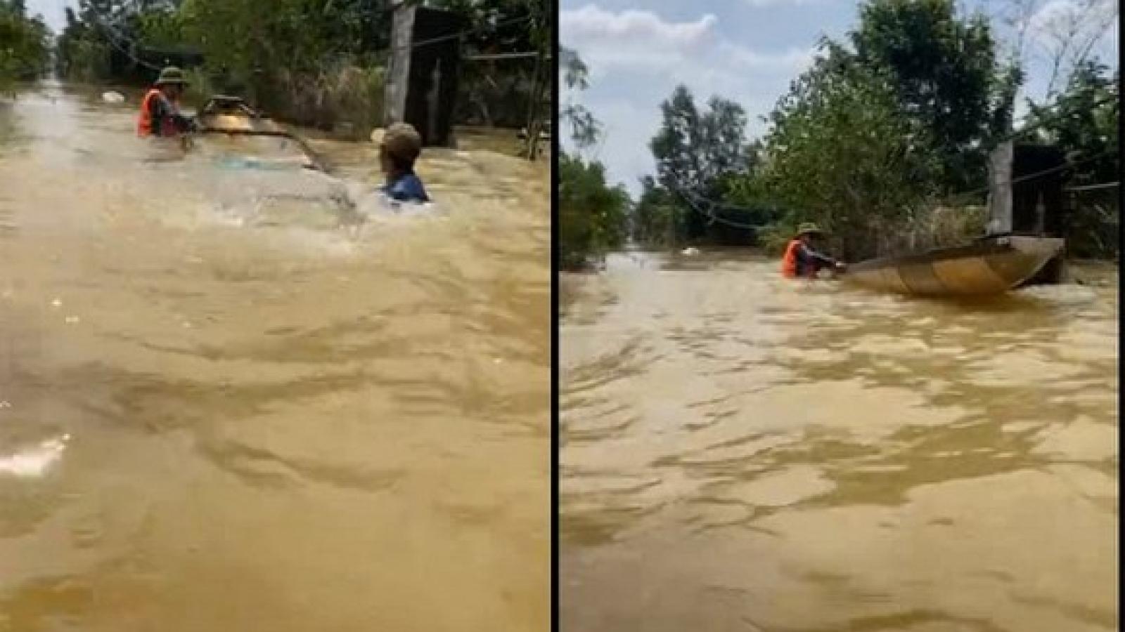 Chuyện showbiz: Kỳ Duyên và Minh Triệu bị lật thuyền khi đi cứu trợ người dân miền Trung