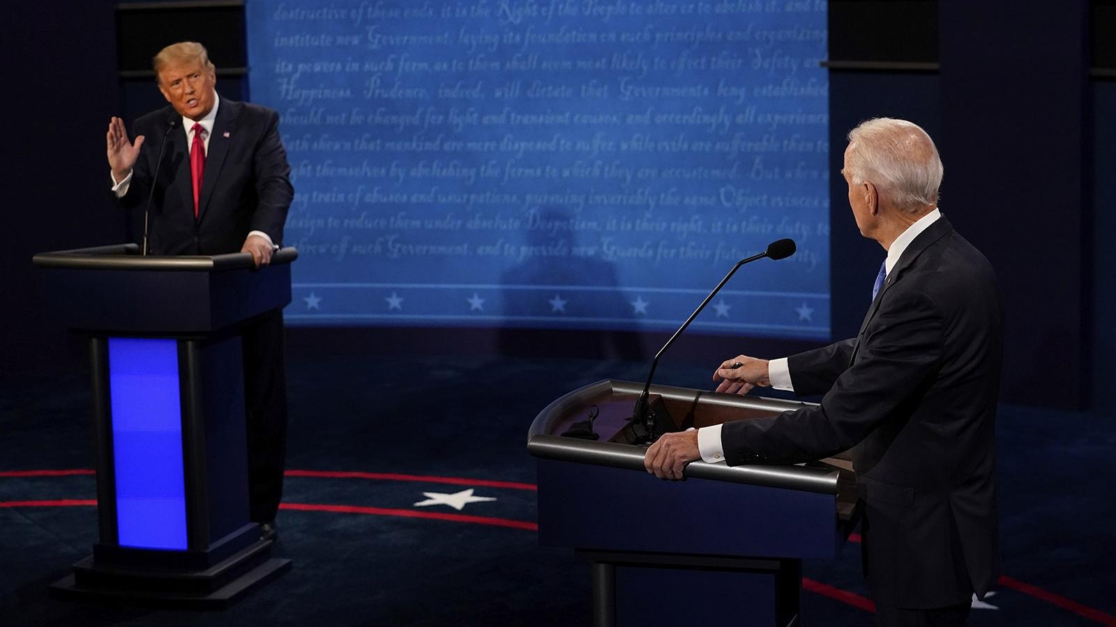 """Tổng thống Trump: """"Joe Biden, tôi tranh cử vì ông đã làm việc tệ hại"""""""