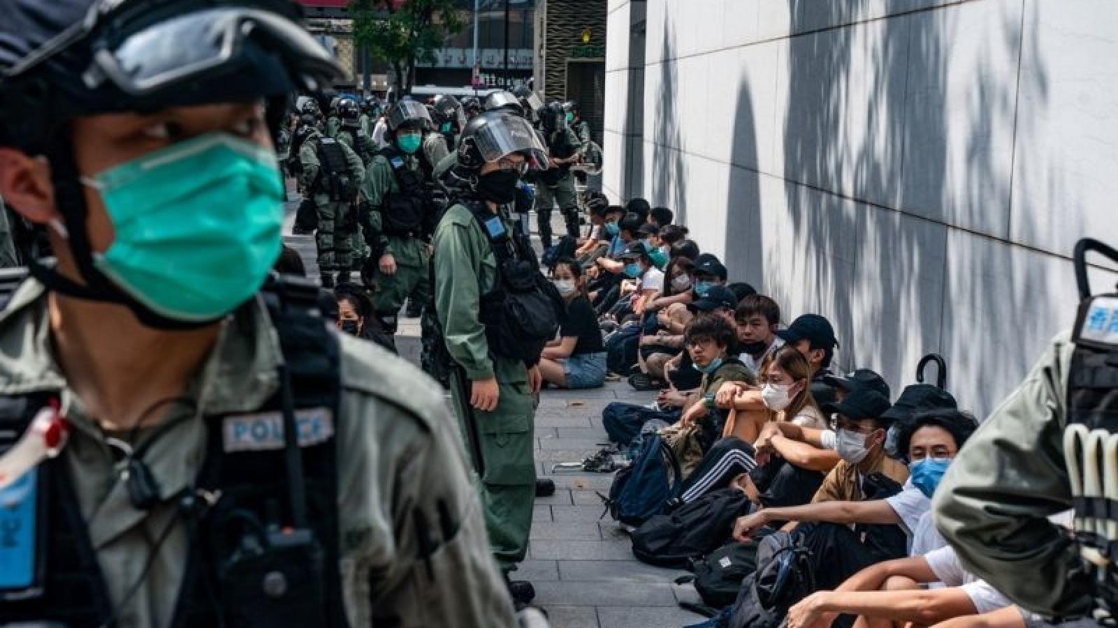 Số người bị bắt giữ do biểu tình tại Hong Kong, Trung Quốc gia tăng