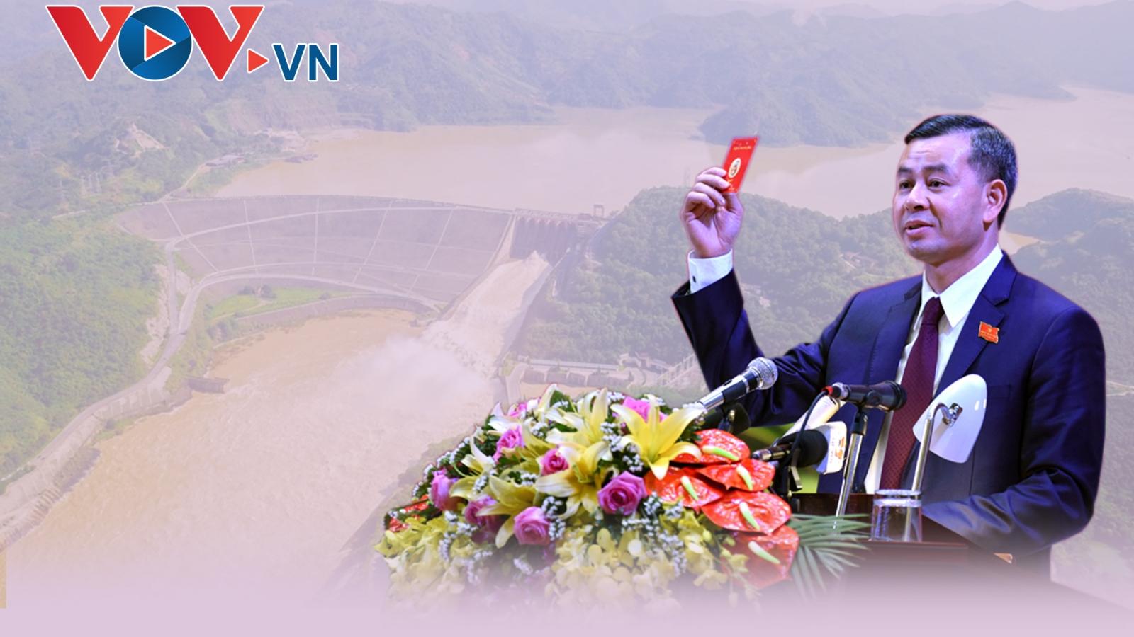 Chân dung tân Bí thư Tỉnh ủy Hoà Bình Ngô Văn Tuấn
