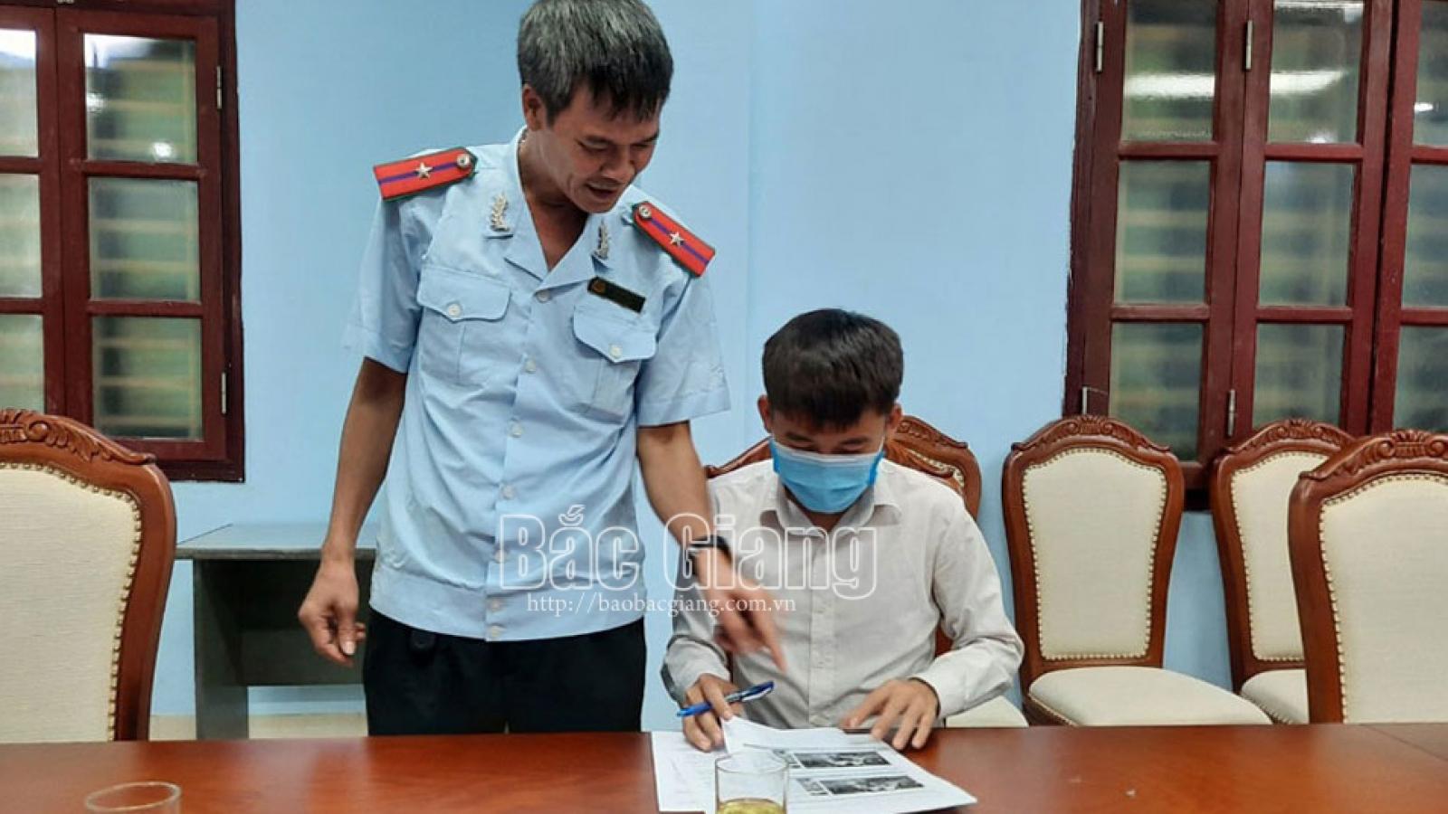 Đăng clip trộm tiền heo đất của em gái, Hưng Vlog bị phạt 10 triệu đồng