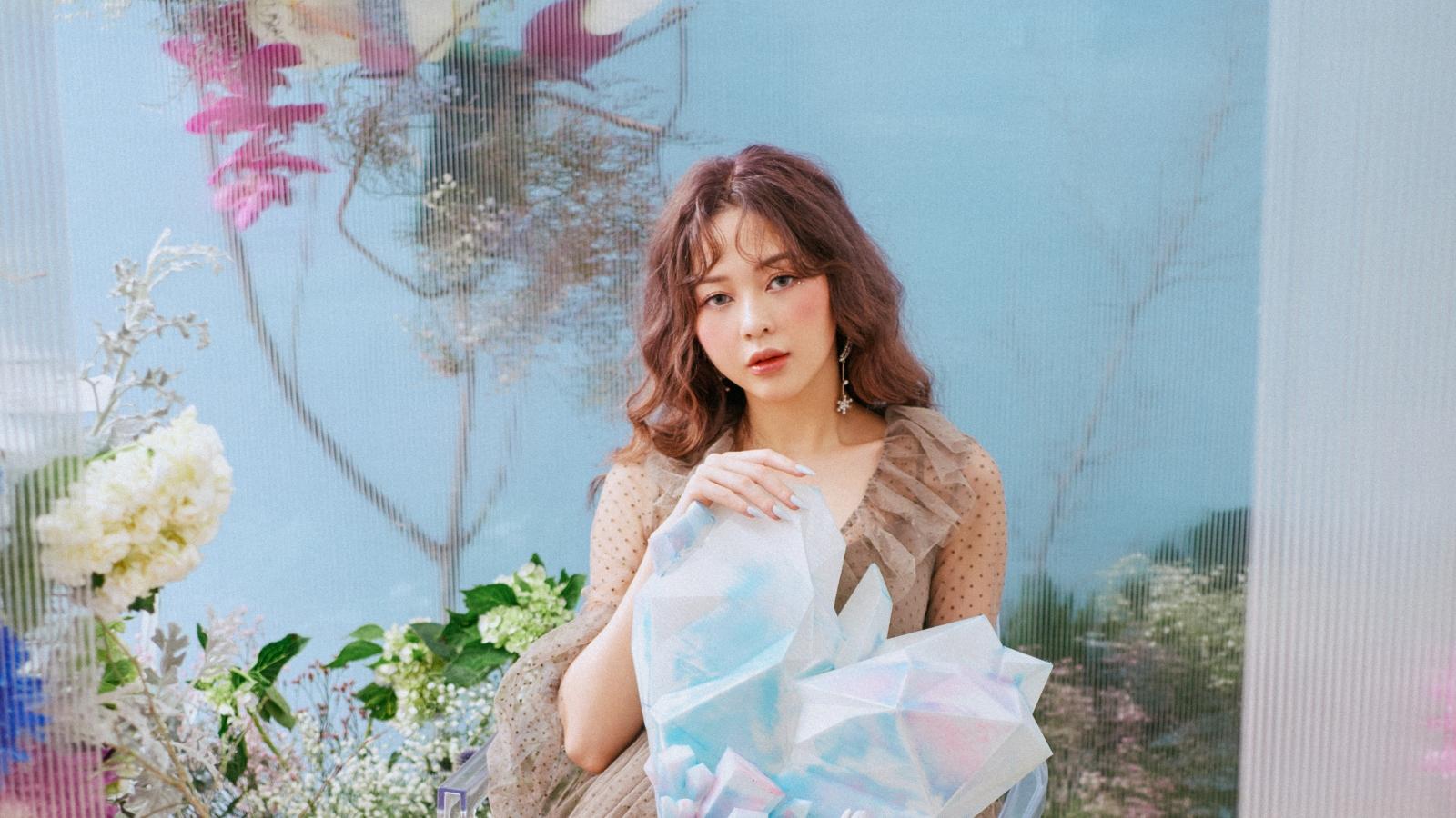 Sau chia tay, Liz Kim Cương tung ca khúc thứ 3 kết hợp Trịnh Thăng Bình