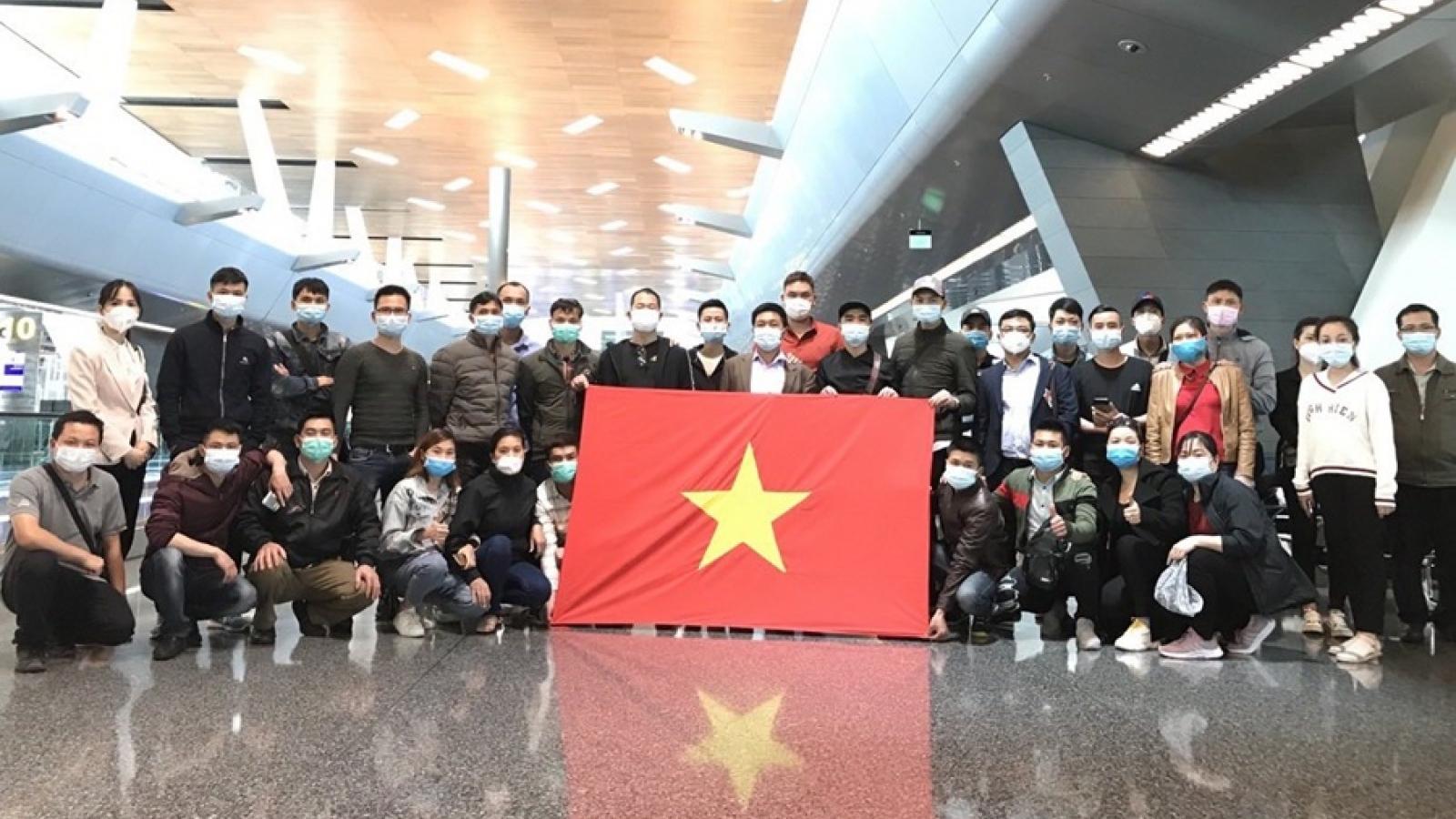 Đưa hơn 340 công dân Việt Nam từ Na Uy về nước