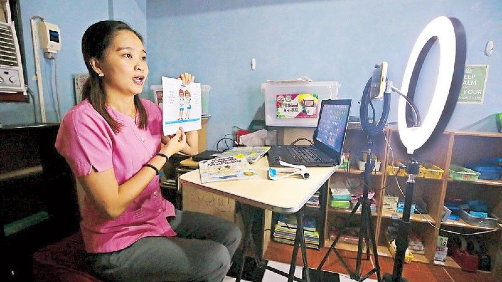 22 triệu học sinh Philippines bắt đầu năm học mới theo hình thức trực tuyến