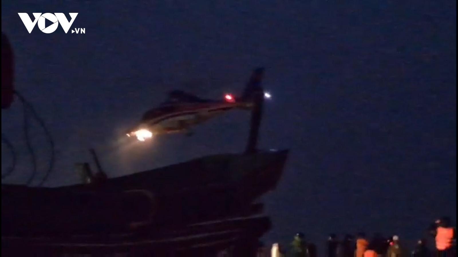 Trực thăng cứu hộ tiếp cận nhưng chưa cứu được thuyền viên tàu Vietship 01