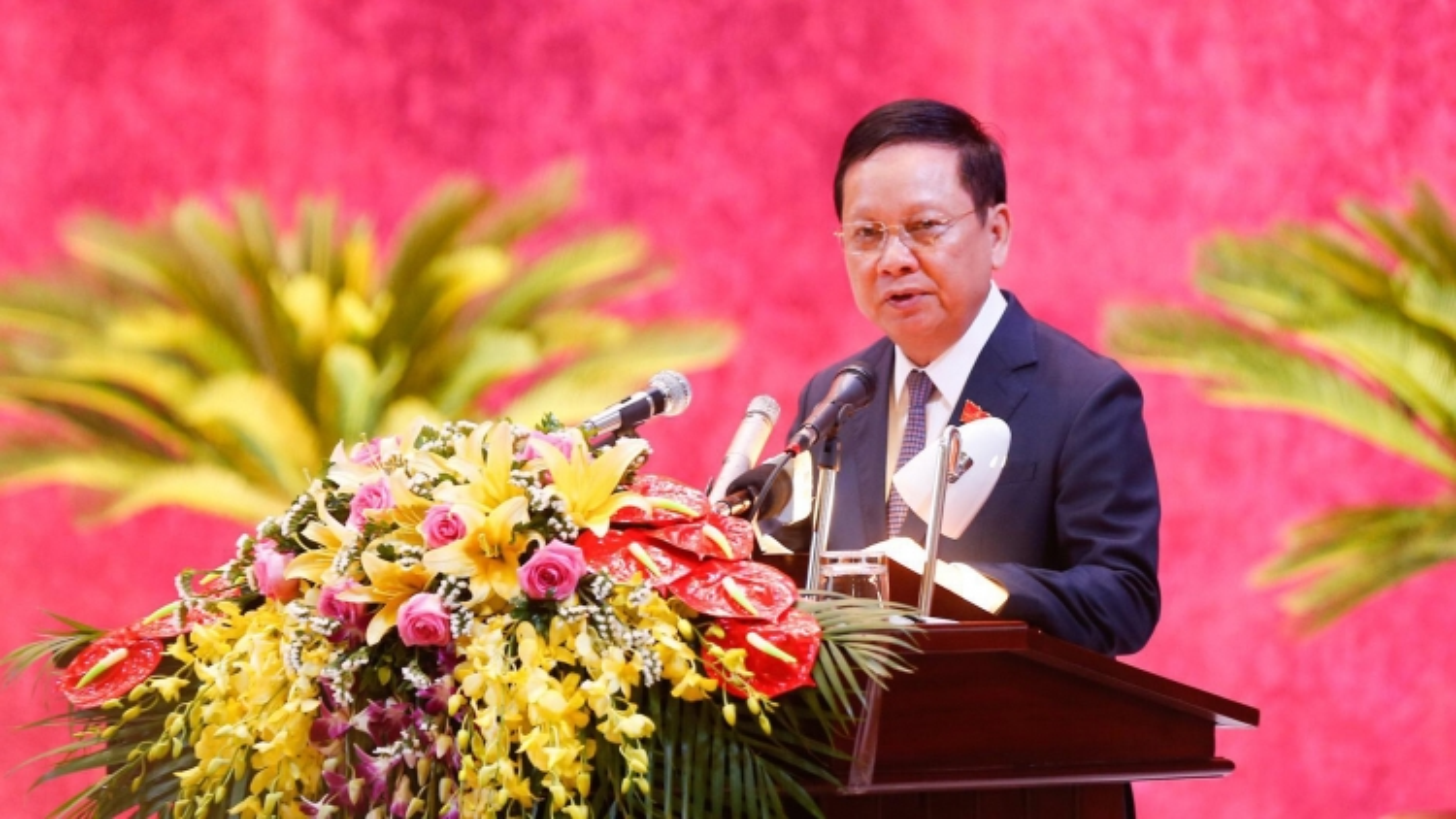 Bí thư Tỉnh ủy Hòa Bình không tham gia Ban Chấp hành Đảng bộ khóa mới