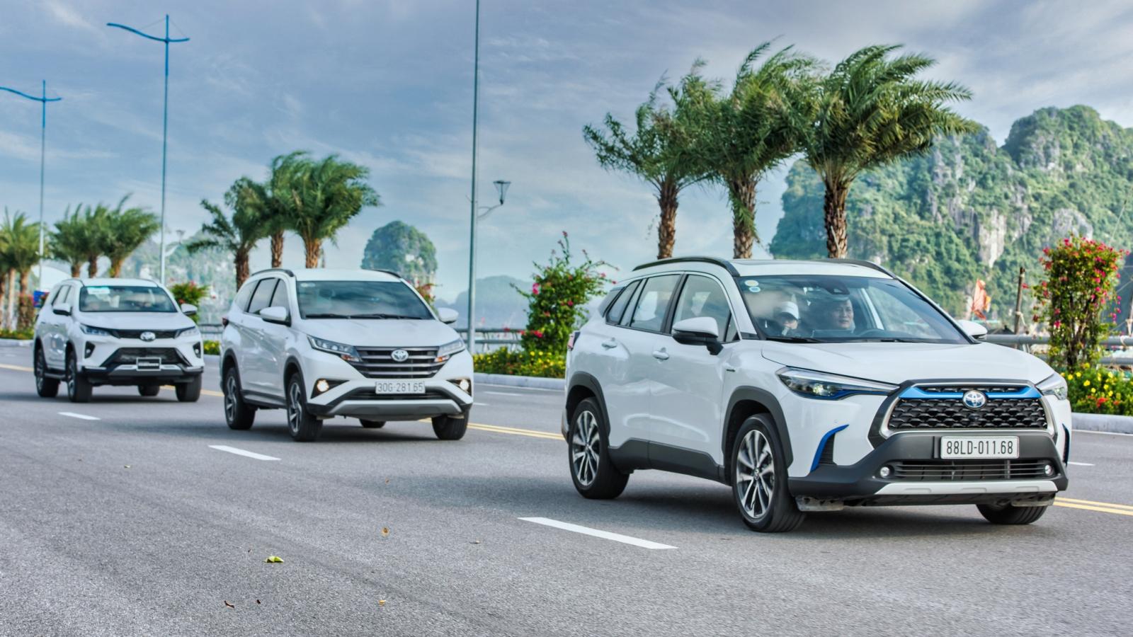 """Xe Toyota đã không còn """"lỗi mốt"""" và nghèo nàn về công nghệ"""