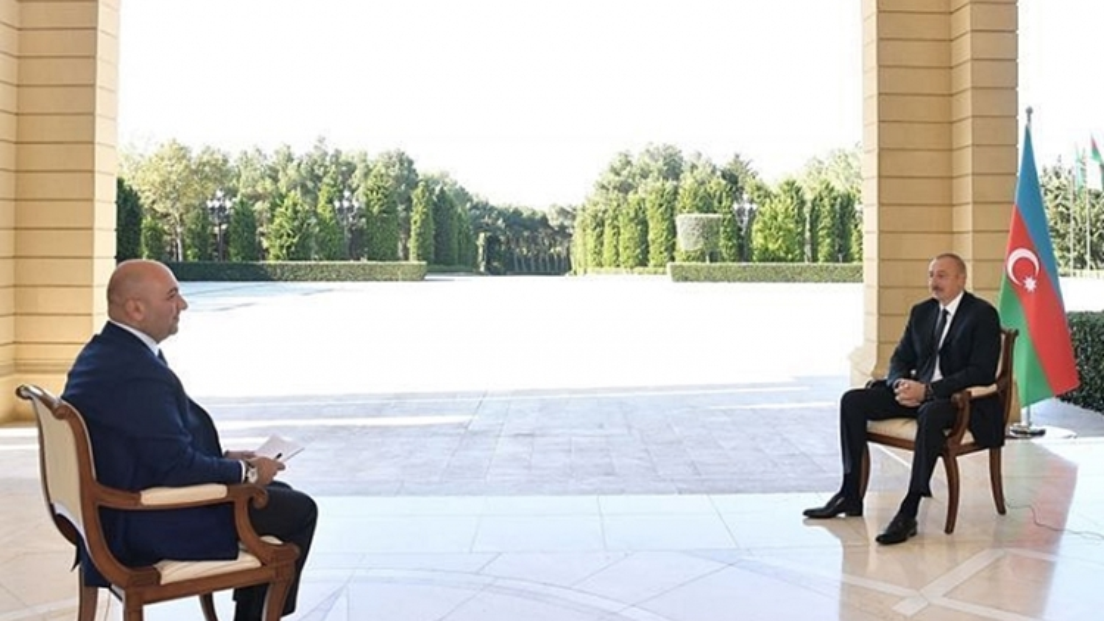 """Tổng thống Azerbaijan hứa hẹn """"cuộc sống tốt hơn"""" cho dân Armenia ở Nagorno-Karabakh"""