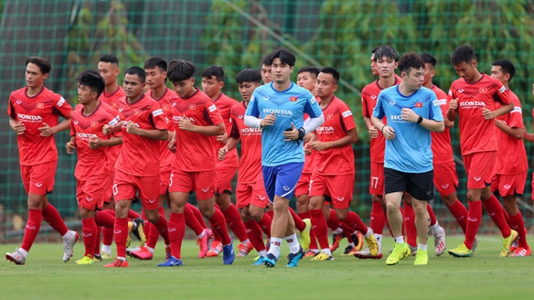 Senior and U22 national football teams set to gather in November and December