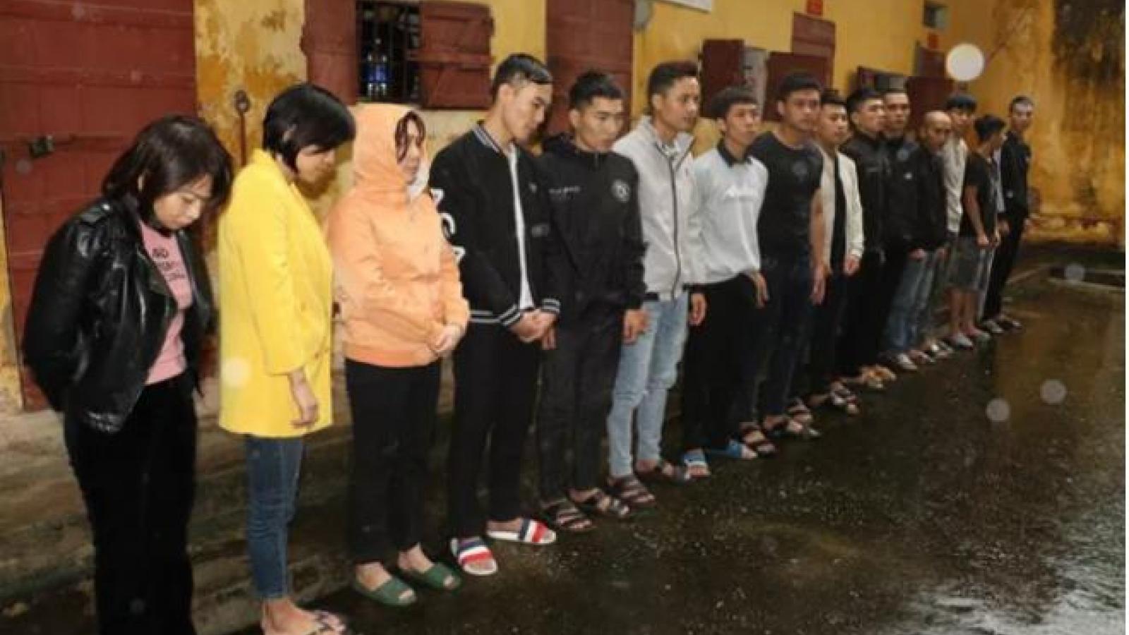 Bắt 3 nữ cán bộ ở Thanh Hóa trong đường dây làm văn bằng, chứng chỉ giả
