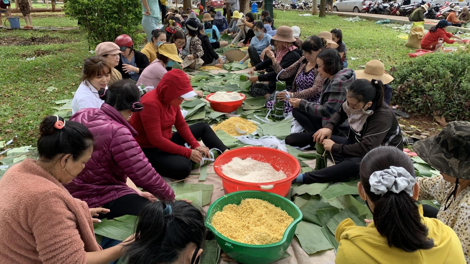 Nhiều chuyến hàng thiện nguyện từ Gia Lai đến vùng lũ Miền Trung