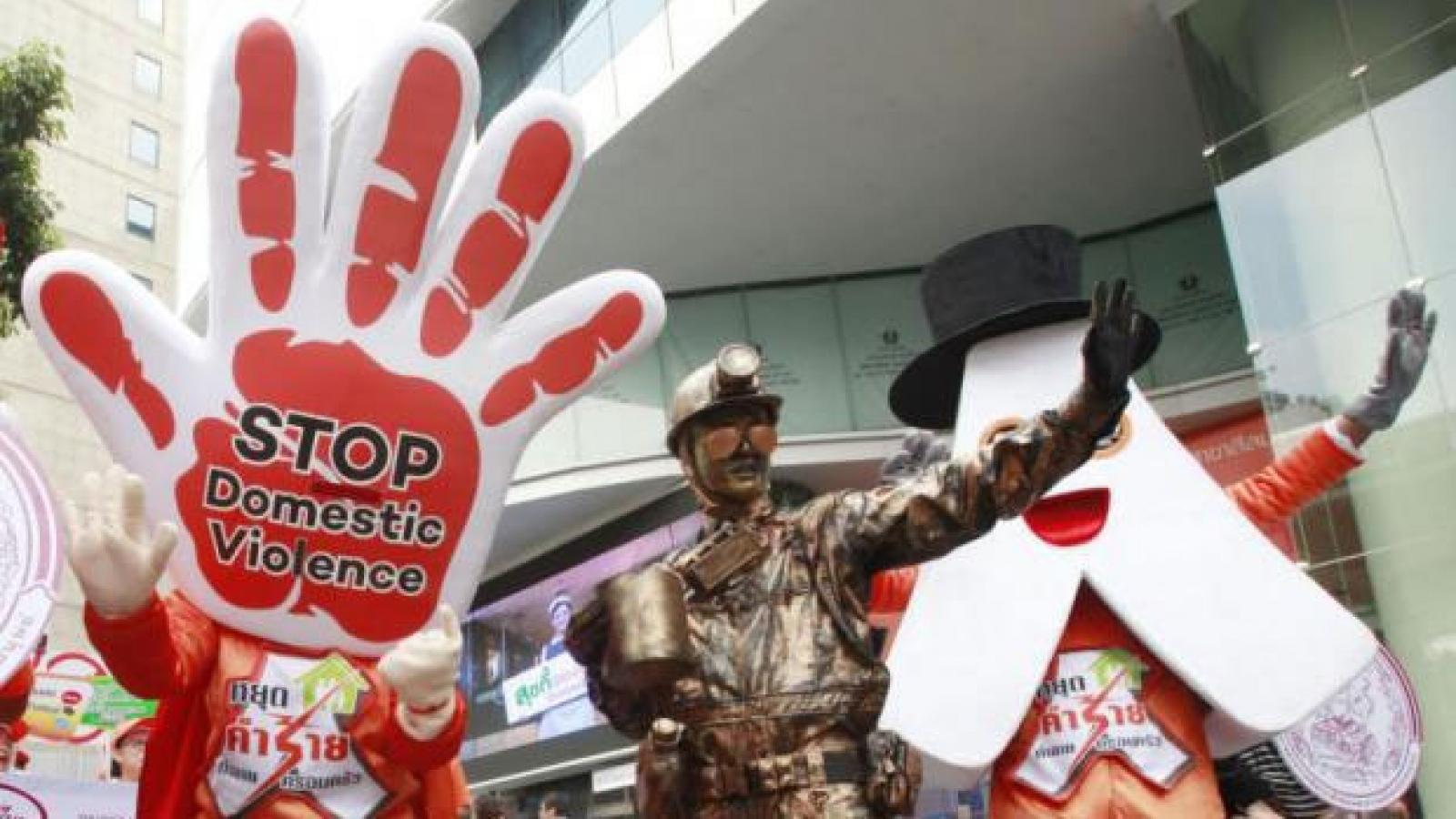 Bạo lực giới ở Thái Lan- vấn đề của luật pháp hay con người?