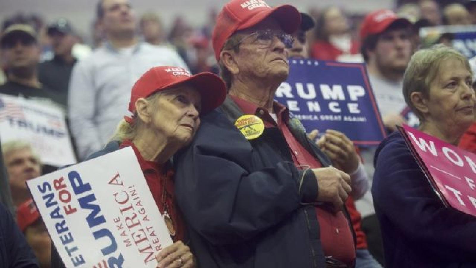 Vai trò của cử tri lớn tuổi trong chặng cuối bầu cử Mỹ