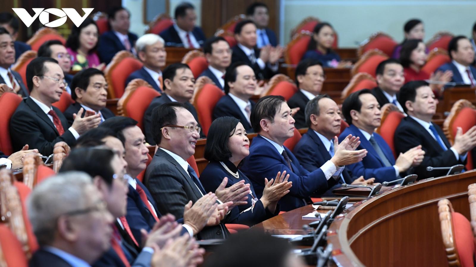 Vì sao không công bố dự thảo các văn kiện trình Đại hội XIII tại Hội nghị TW 13?