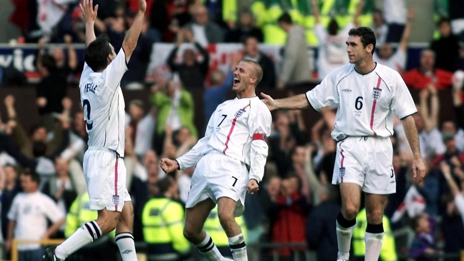 """Ngày này năm xưa: Siêu phẩm của David Beckham """"cứu rỗi"""" ĐT Anh"""