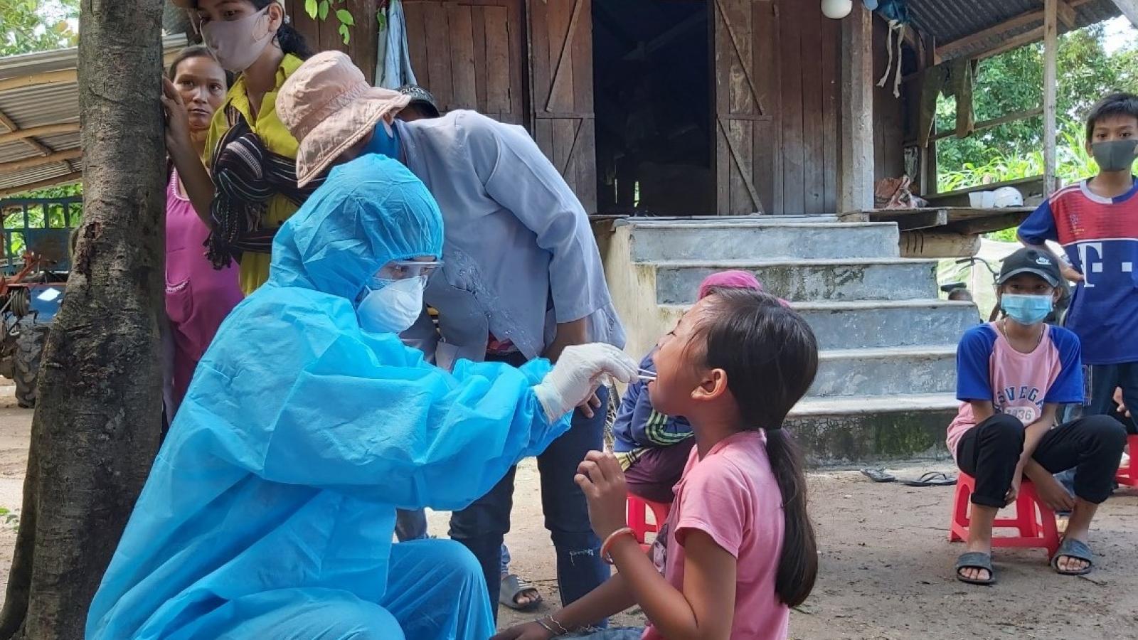 Bạch hầu tăng trở lại – Ngành y tế Đắk Lắk chạy theo các ổ dịch