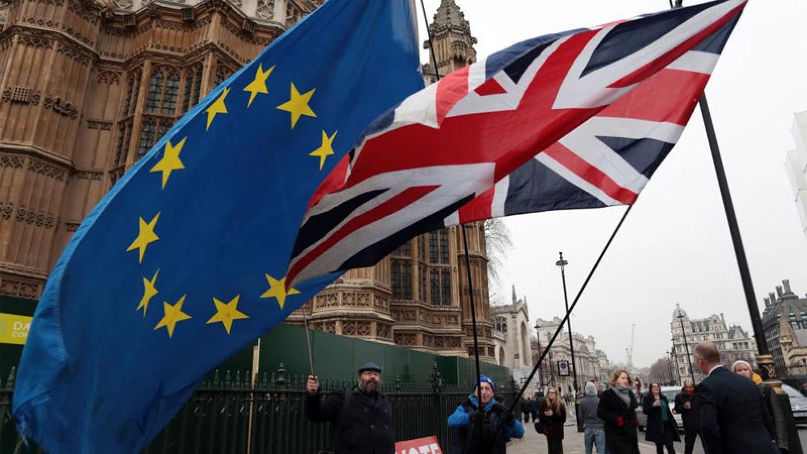 Anh ngưng đàm phán với EU, kêu gọi chuẩn bị kịch bản không thỏa thuận