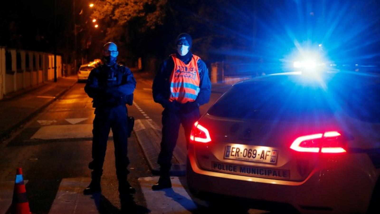 Cảnh sát Pháp tạm giữ 4 người liên quan tới vụ tấn công khủng bố