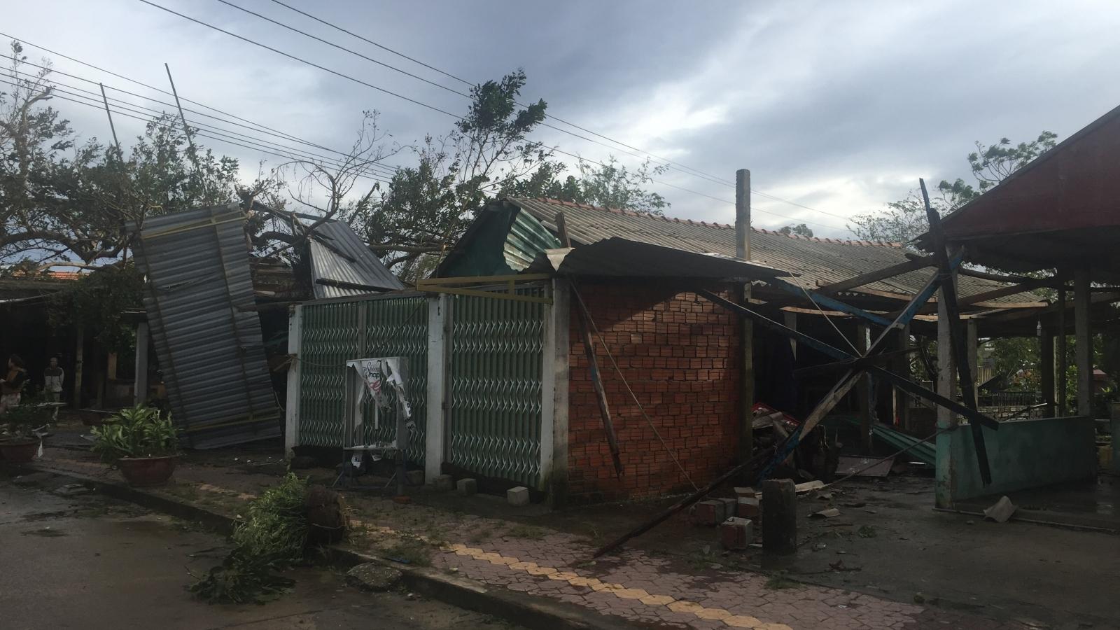 Nhờ sơ tán dân triệt để, tâm bão Quảng Ngãi không bị thiệt hại về người